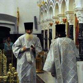 Несколько фотографий с Рождественской службы из Свято-Троицкого Китаевского мужского монастыря. 20