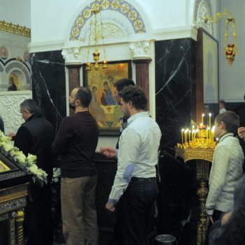 Несколько фотографий с Рождественской службы из Свято-Троицкого Китаевского мужского монастыря. 39