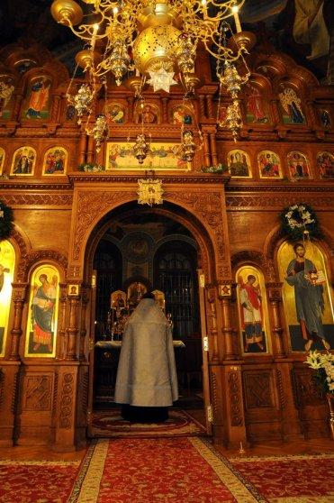 Фотографии с Рождественской службы в СвятоТроицком Ионинском монастыре 50