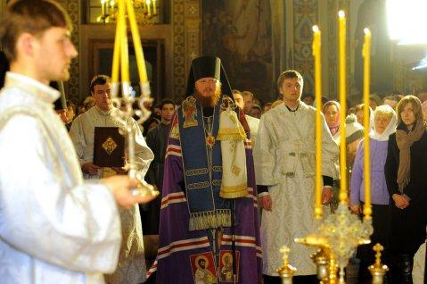 Фотографии с Рождественской службы в СвятоТроицком Ионинском монастыре 108