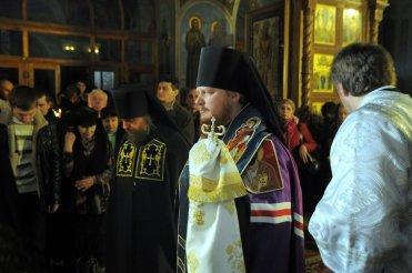 Фотографии с Рождественской службы в СвятоТроицком Ионинском монастыре 136