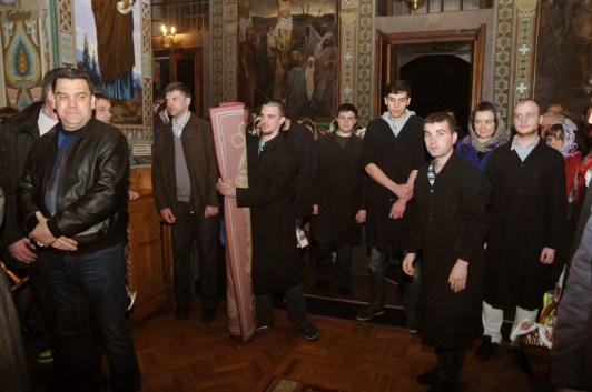 Фото репортаж со Свято-Троицкого Ионинского монастыря г.Киев со Светлого Праздника Воскресения Христова. 205