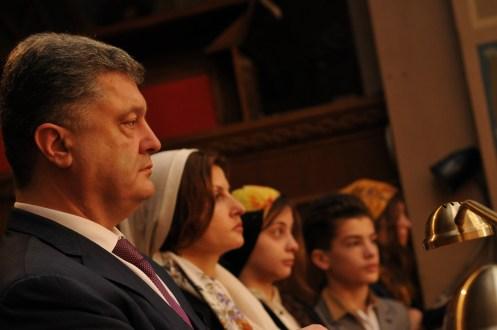 Фото репортаж со Свято-Троицкого Ионинского монастыря г.Киев со Светлого Праздника Воскресения Христова. 131