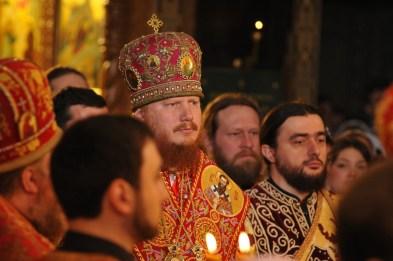 Фото репортаж со Свято-Троицкого Ионинского монастыря г.Киев со Светлого Праздника Воскресения Христова. 107
