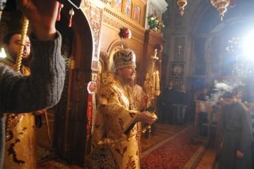 Фото репортаж со Свято-Троицкого Ионинского монастыря г.Киев со Светлого Праздника Воскресения Христова. 2