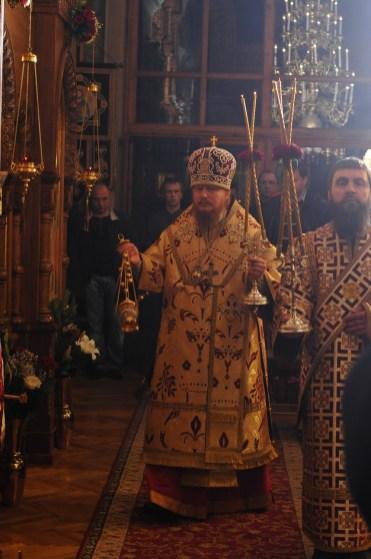 Фото репортаж со Свято-Троицкого Ионинского монастыря г.Киев со Светлого Праздника Воскресения Христова. 85