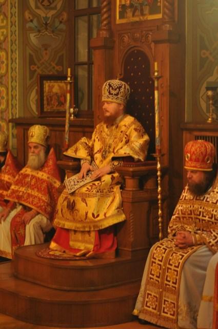 Фото репортаж со Свято-Троицкого Ионинского монастыря г.Киев со Светлого Праздника Воскресения Христова. 90