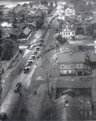 Знаменитый фотограф. «Была коптилка да свеча — теперь лампа Ильича». 95 лет назад. 66