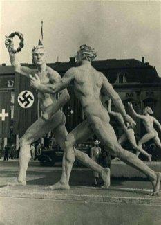 Беги Вася, беги! Размышления на тему как жить дальше... Лени Рифеншталь - любимый режиссёр и любимая женщина Адольфа Гитлера 8