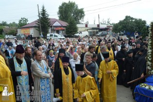 0353_0329_great ukrainian procession with the prayer for peace and unity of ukraine