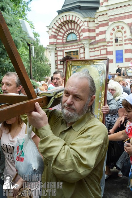 easter_procession_ukraine_0107