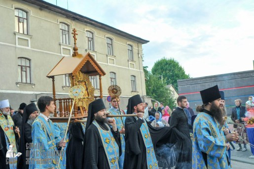 easter_procession_ukraine_an_0023