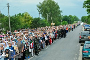 easter_procession_ukraine_an_0102