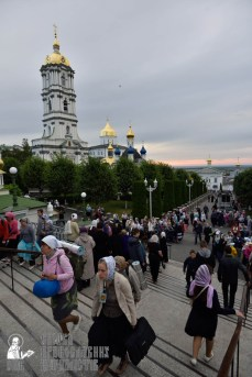 easter_procession_ukraine_pochaev_0008