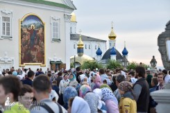 easter_procession_ukraine_pochaev_0013