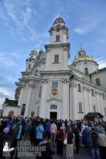 easter_procession_ukraine_pochaev_0019