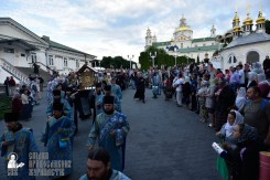 easter_procession_ukraine_pochaev_0053