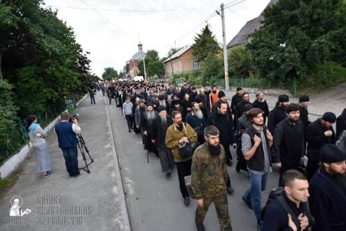 easter_procession_ukraine_pochaev_0069