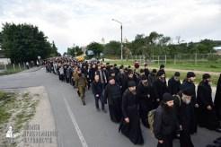 easter_procession_ukraine_pochaev_0083