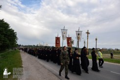 easter_procession_ukraine_pochaev_0114