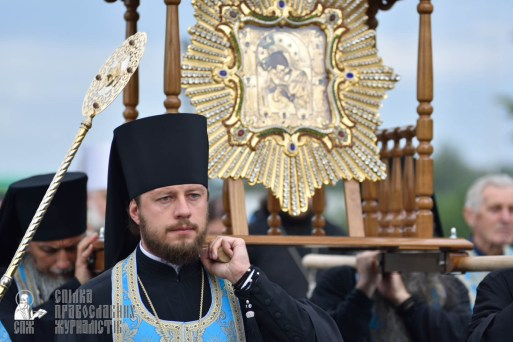 easter_procession_ukraine_pochaev_0146