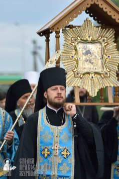 easter_procession_ukraine_pochaev_0148