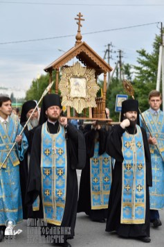 easter_procession_ukraine_pochaev_0151