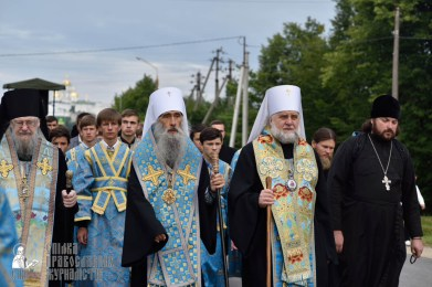 easter_procession_ukraine_pochaev_0155