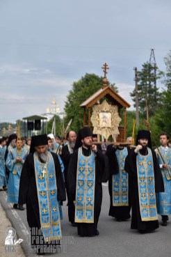 easter_procession_ukraine_pochaev_0162