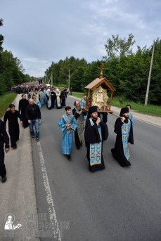 easter_procession_ukraine_pochaev_0165