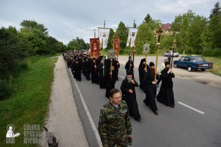 easter_procession_ukraine_pochaev_0171