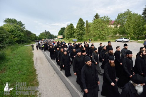 easter_procession_ukraine_pochaev_0174