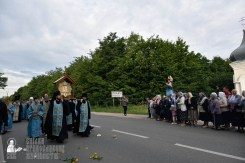 easter_procession_ukraine_pochaev_0201
