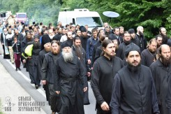 easter_procession_ukraine_pochaev_0222