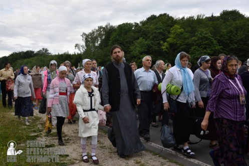 easter_procession_ukraine_pochaev_0271
