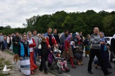 easter_procession_ukraine_pochaev_0278