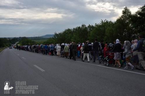 easter_procession_ukraine_pochaev_0282
