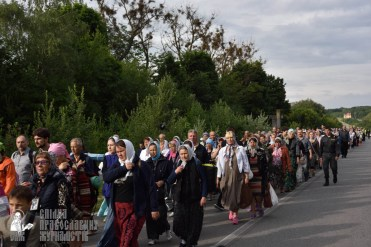 easter_procession_ukraine_pochaev_0285