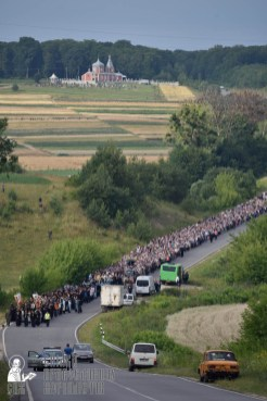 easter_procession_ukraine_pochaev_0287