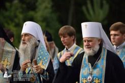 easter_procession_ukraine_pochaev_0300