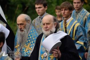 easter_procession_ukraine_pochaev_0322