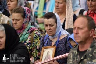 easter_procession_ukraine_pochaev_0325