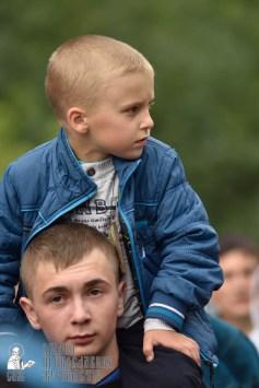 easter_procession_ukraine_pochaev_0329