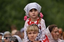 easter_procession_ukraine_pochaev_0331