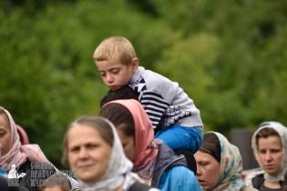 easter_procession_ukraine_pochaev_0337