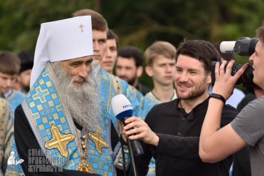 easter_procession_ukraine_pochaev_0374