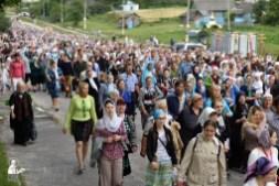 easter_procession_ukraine_pochaev_0388