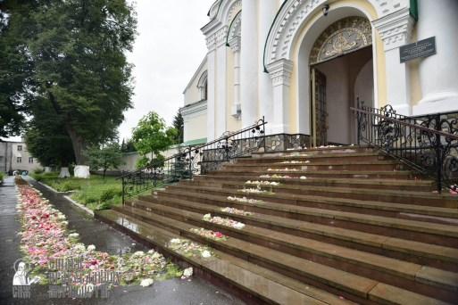 easter_procession_ukraine_pochaev_0442