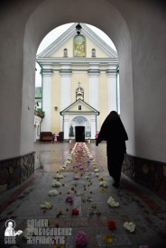 easter_procession_ukraine_pochaev_0446