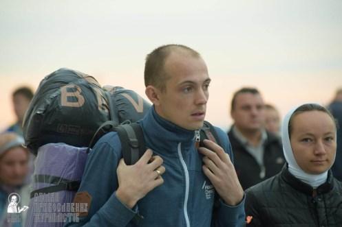 easter_procession_ukraine_pochaev_sr_0018